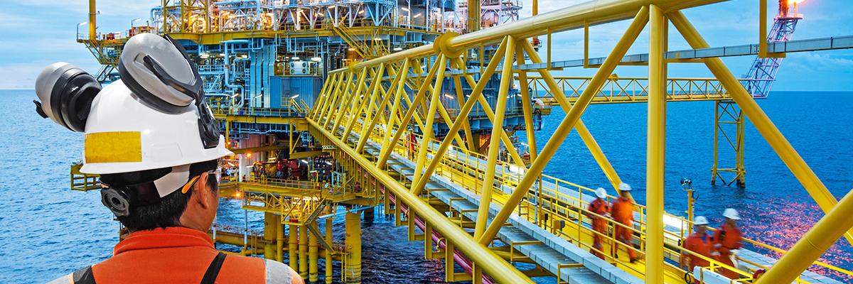 Umbrella & Payroll Insurance for Offshore Energy Contractors